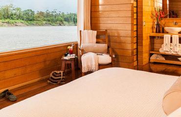 delfin-I-and-II-amazon-cruises5