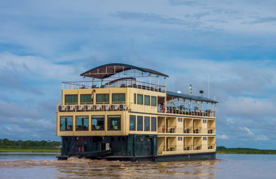 amazon river cruise ships