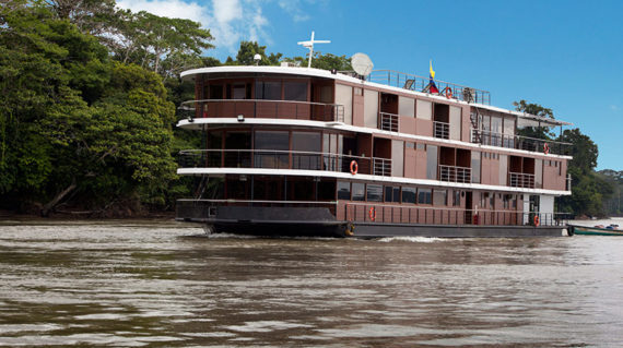 river cruise amazon