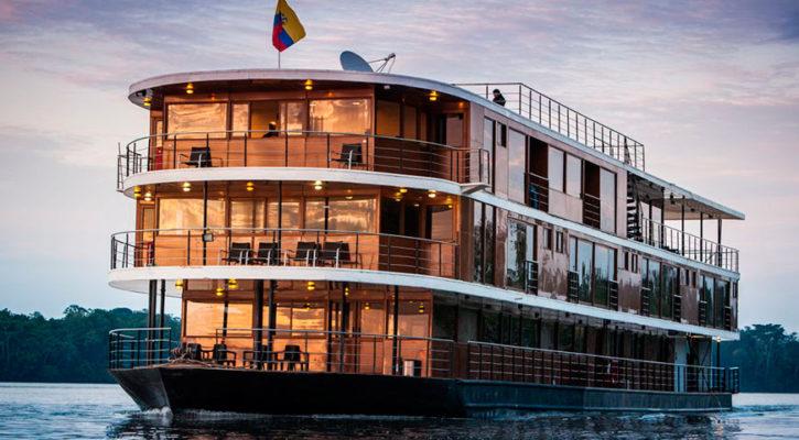 A luxury Anakonda is cruising the Amazon