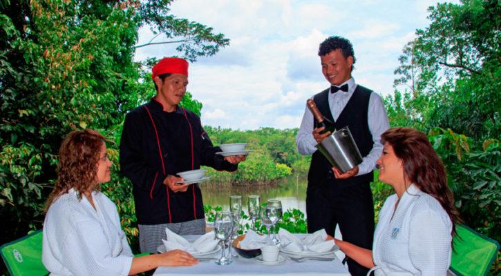 Lodge based tour vs. Amazon cruise expedition