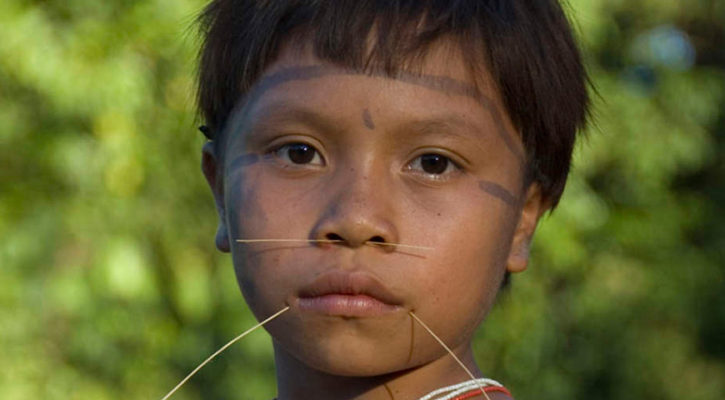 Tribe makes first contact with outside world