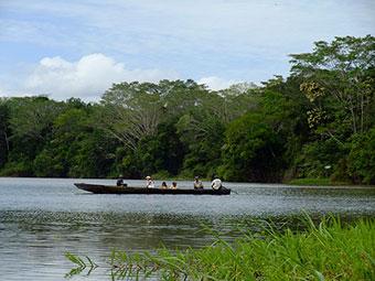 small boat amazon river cruises