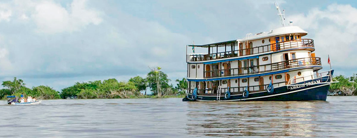 amazon river boat cruise