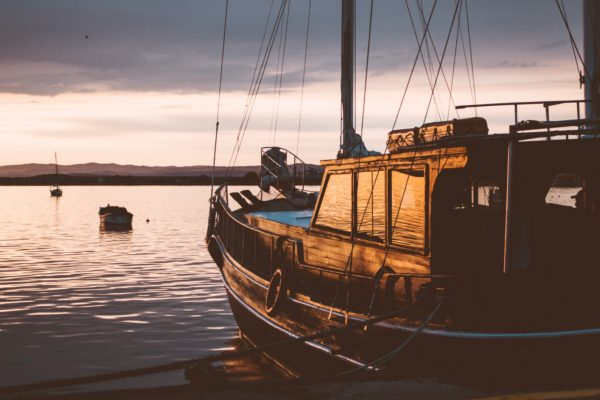 7 Reasons Why Traveling By Boat Is Awesome