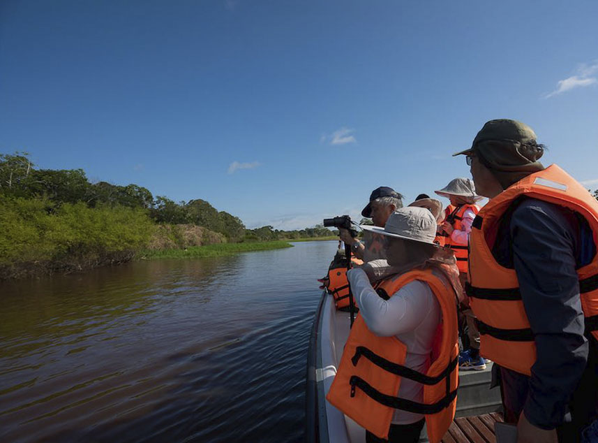 RF Expeditions Amazon Cruise | Boat Trip