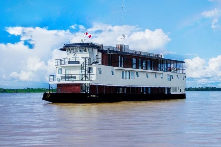 La-Perla-Cruise