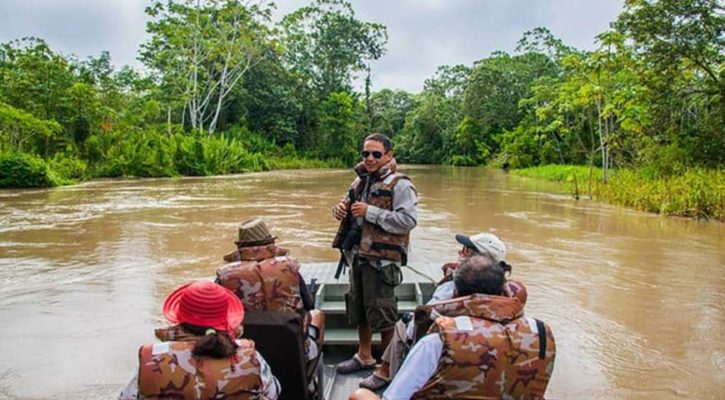 A journey full of adventures in the Peruvian Jungle